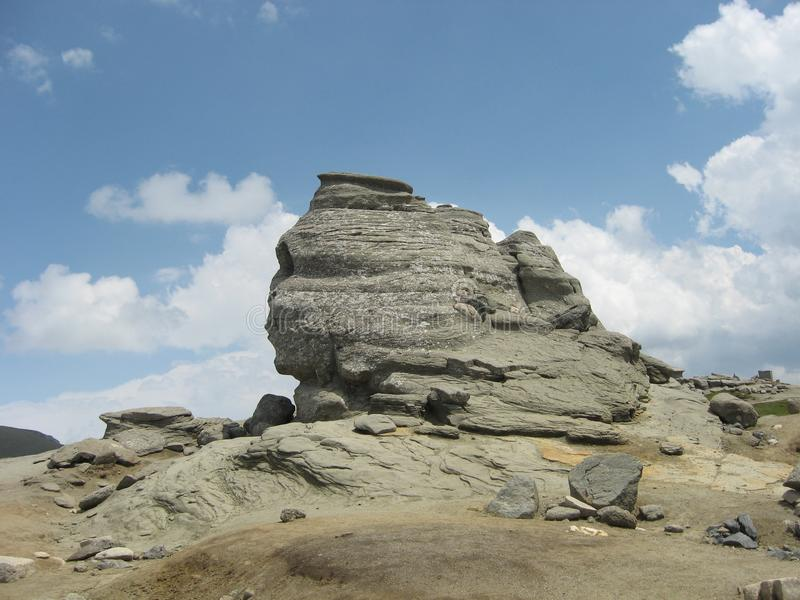 Sphinx sur des montagnes Roumanie de Bucegi photo stock