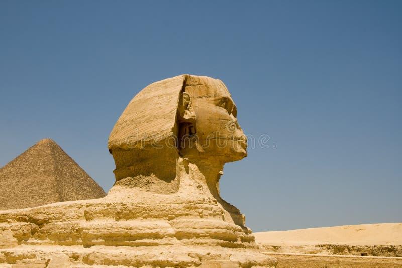 Sphinx von Giza und von Pyramide stockbilder