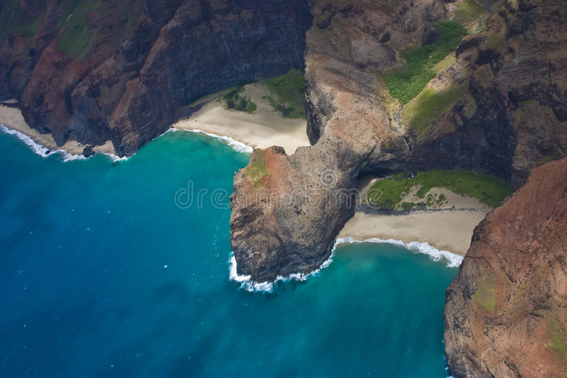 Spiagge blu della linea costiera fotografie stock