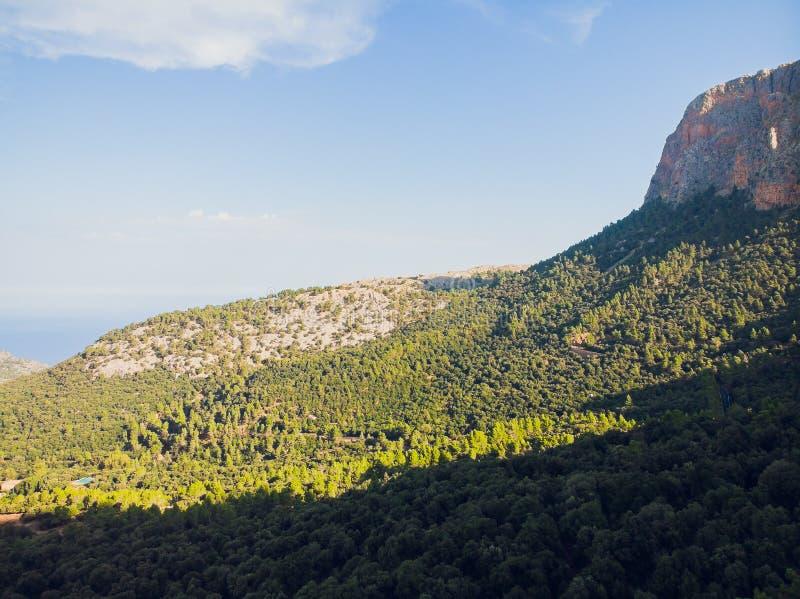 Spiagge rocciose sull'isola di Mallorca della parte settentrionale, Spai fotografia stock