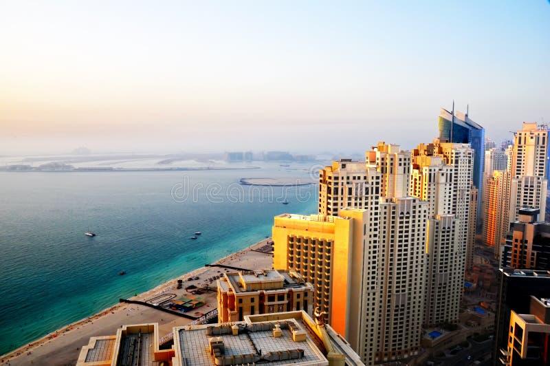 Spiaggia 2 viventi della Doubai fotografia stock libera da diritti