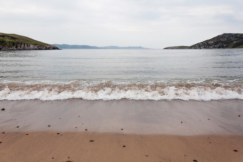 Spiaggia abbandonata, Inishowen, il Donegal, Irlanda fotografia stock libera da diritti