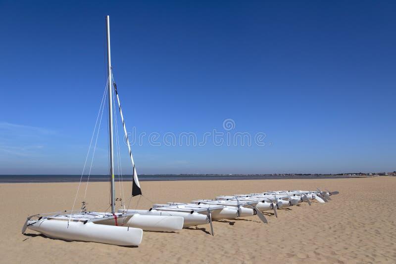 Spiaggia al flocculo di Chatelaillon vicino a La Rochelle - la Francia fotografia stock