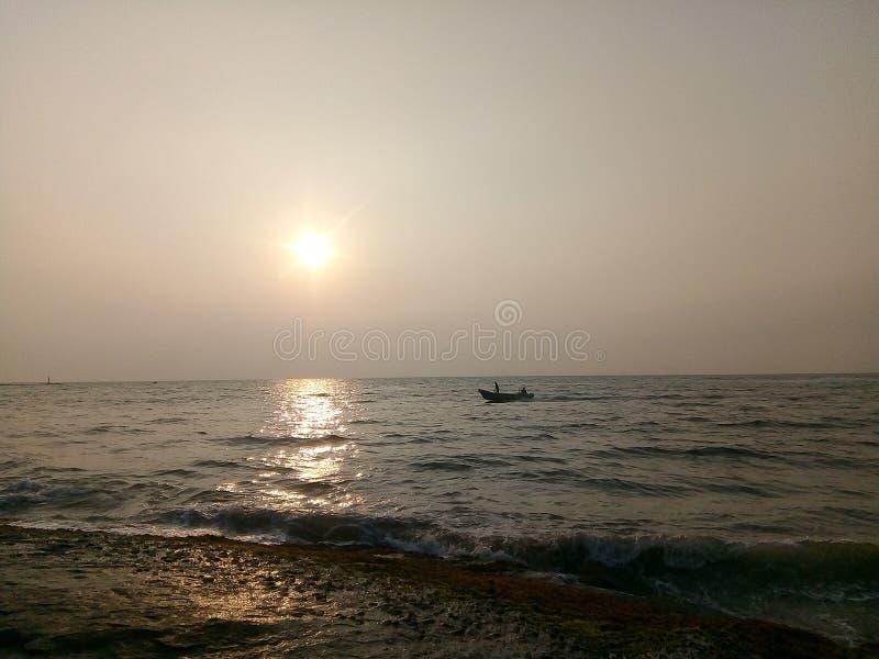 Spiaggia al pomeriggio immagini stock