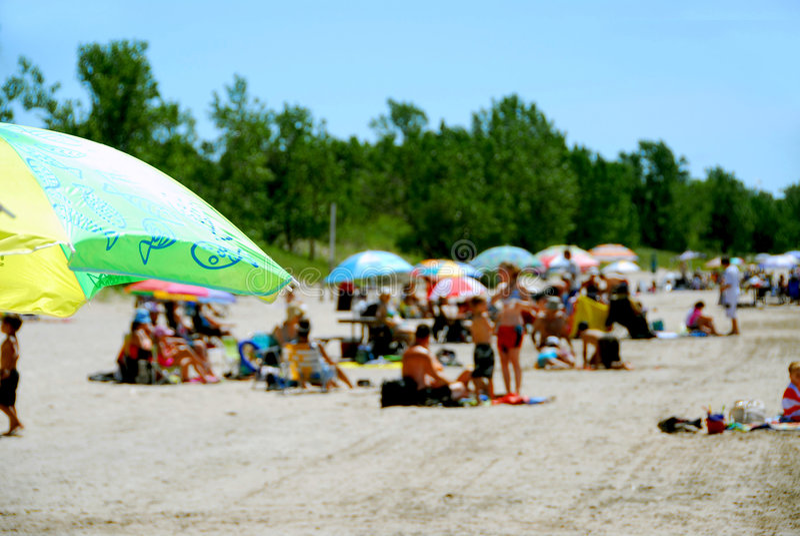 Spiaggia ammucchiata immagine stock libera da diritti