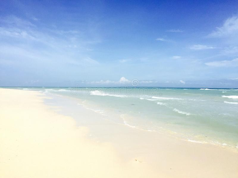 Spiaggia in Bantayan Isalnd, Cebu, Filippine fotografie stock libere da diritti