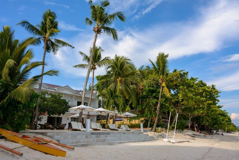 Spiaggia bianca di Dumaluan sull'isola di Panglao, Bohol, Filippine fotografia stock