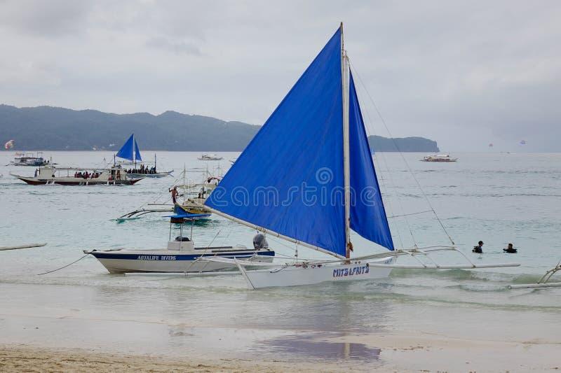Spiaggia bianca nell'isola di Boracay, Filippine immagine stock