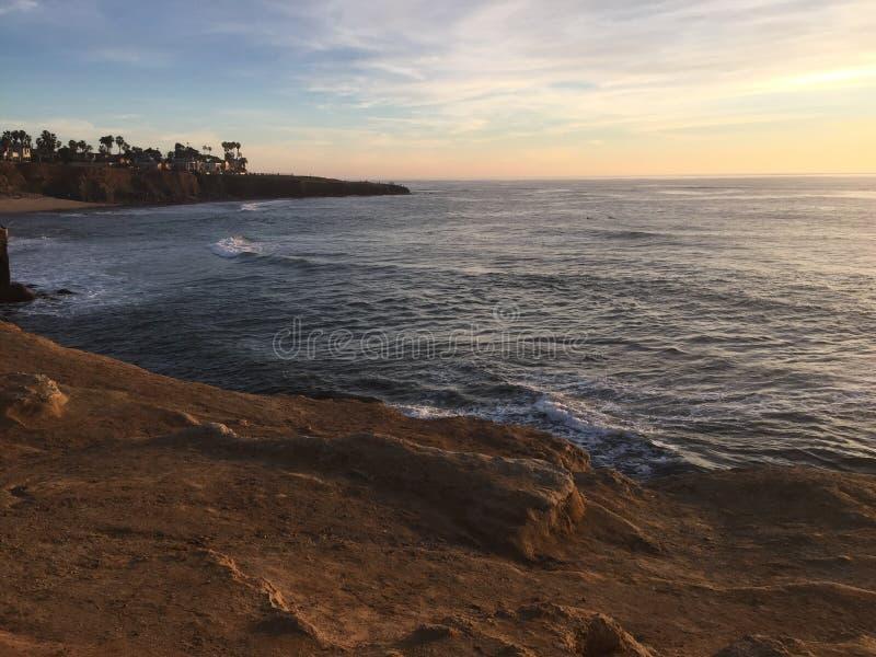 spiaggia Cali di tramonto immagini stock