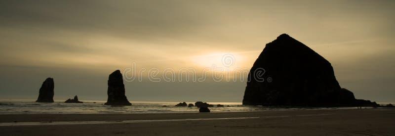 Spiaggia del cannone, litorale dell'Oregon fotografia stock