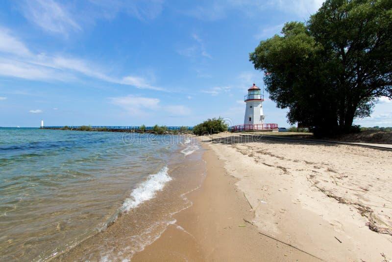Spiaggia del faro di Cheboygan Michigan sul lago Huron fotografie stock
