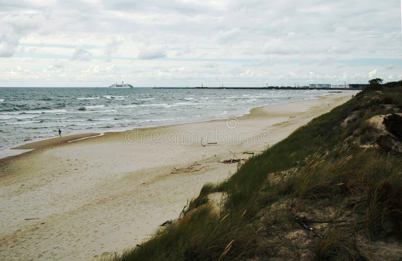 Spiaggia del Mar Baltico in Klaipeda immagini stock