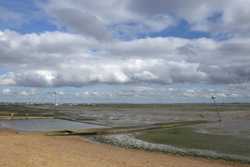 Spiaggia del molo di Bell al Leigh-su-mare, Essex, Inghilterra fotografia stock