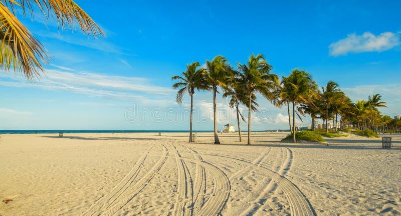 Spiaggia del parco di Crandon immagine stock