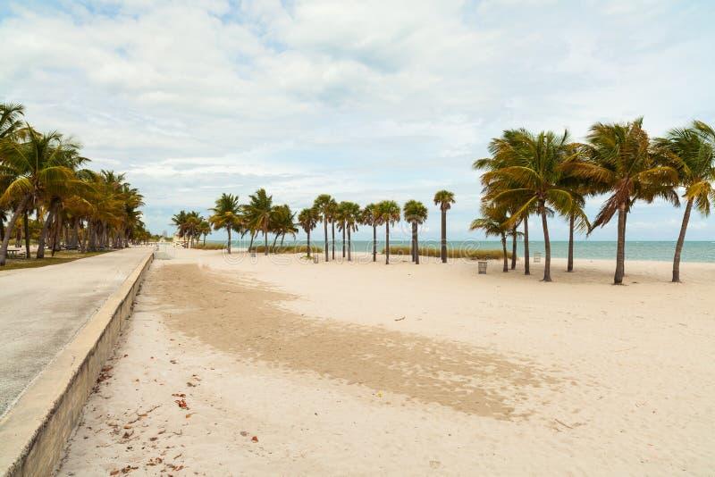 Spiaggia del parco di Crandon immagini stock