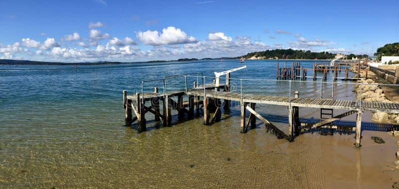 Spiaggia del porto immagine stock