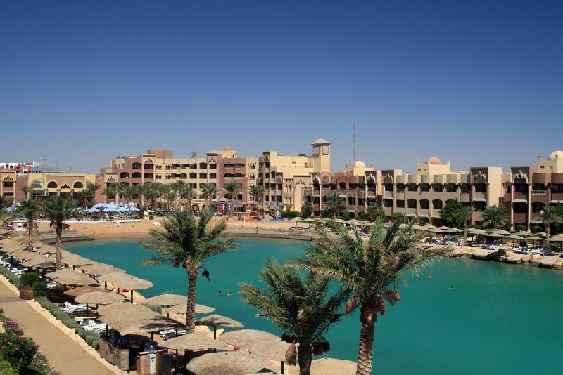 Spiaggia del ricorso nell'Egitto fotografia stock libera da diritti