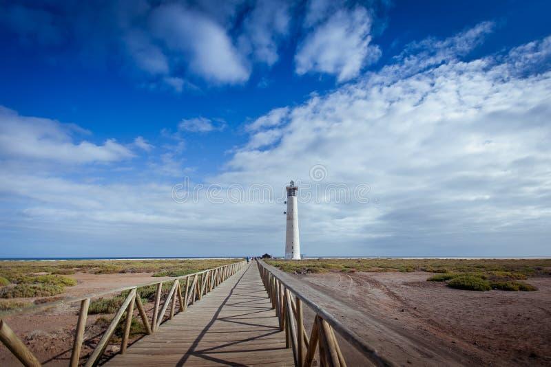 Spiaggia dell'isola del faro di Fuerteventura fotografia stock libera da diritti