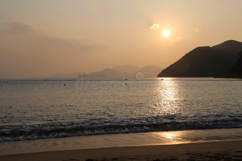 Spiaggia della baia di rifiuto fotografie stock