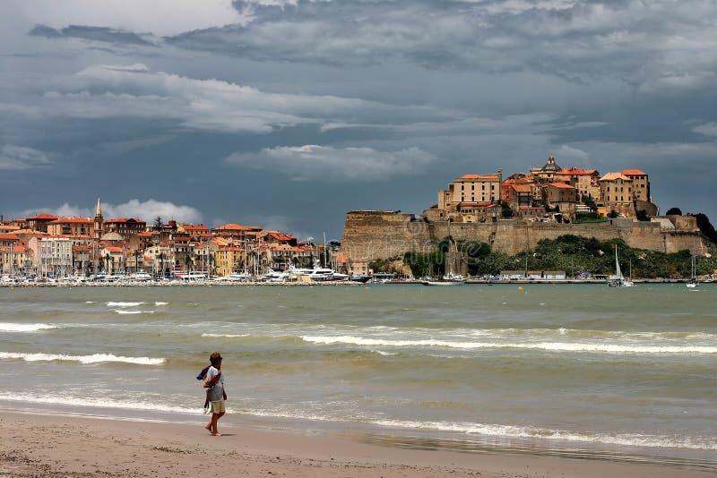 Spiaggia della CORSICA CALVI di Calvi fotografia stock libera da diritti