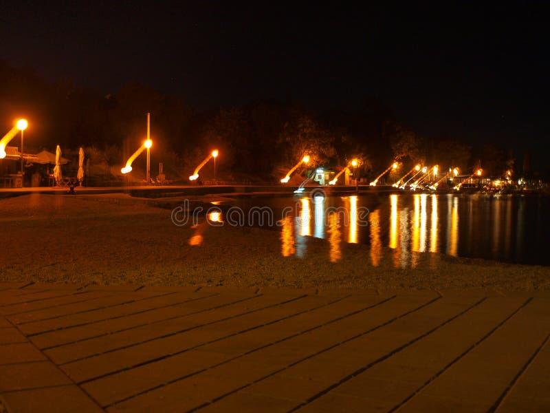 Spiaggia della Croazia nella notte fotografie stock libere da diritti