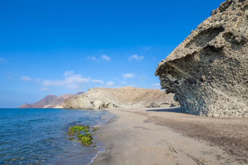 Spiaggia della spiaggia di Monsul in Cabo de Gata Natural Park fotografia stock