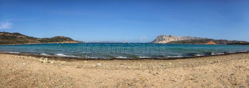 Spiaggia di品柱结尾的卡瓦洛,撒丁岛蓬塔Est 库存图片