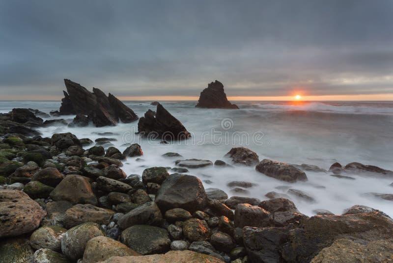 Spiaggia di Adraga nel Portogallo immagine stock libera da diritti