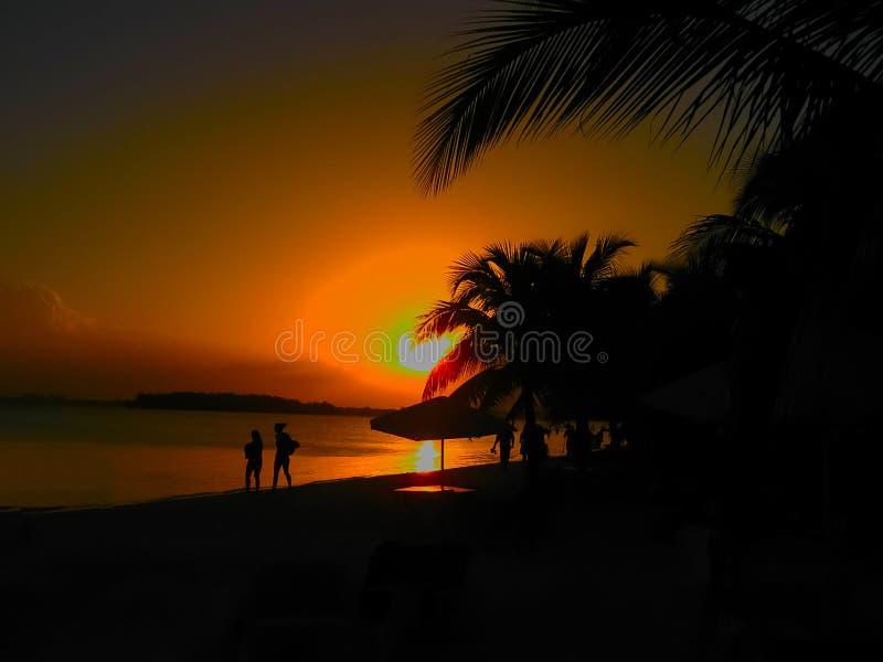 Spiaggia di Boca Chica al tramonto, Repubblica dominicana fotografia stock