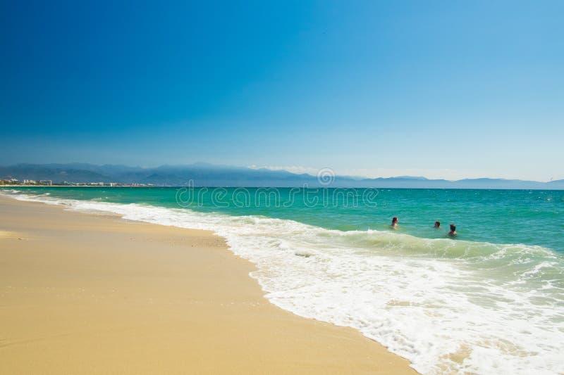 Spiaggia di Bucerias e vista sul mare, Jalisco, Messico immagini stock