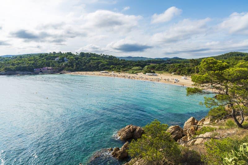 Spiaggia di Castell, Costa Brava, Girona, Catalogna, Spagna fotografia stock libera da diritti