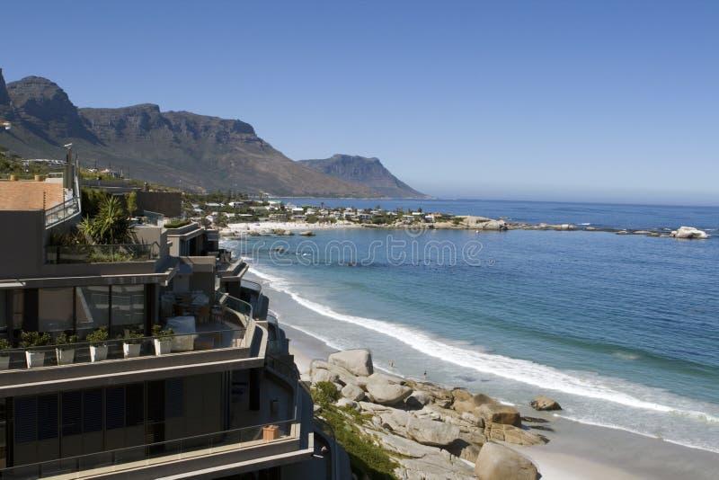 Spiaggia di Clifton vicino a Città del Capo fotografia stock libera da diritti