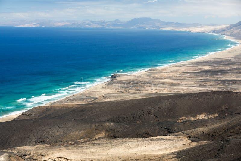 Spiaggia di Cofete, vista dalla penisola di Jandia, Fuerteventura, fotografie stock libere da diritti