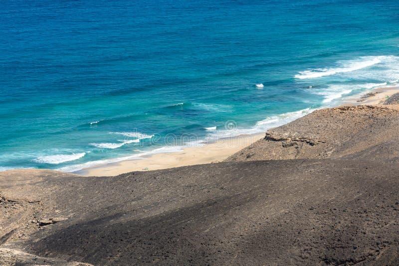 Spiaggia di Cofete, vista dalla penisola di Jandia, Fuerteventura fotografia stock libera da diritti