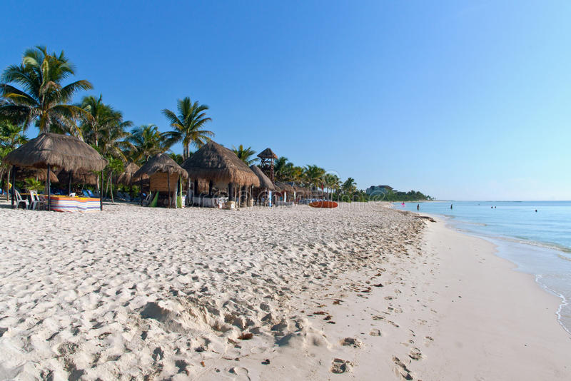 Spiaggia al Playa del Carmen, Messico immagini stock