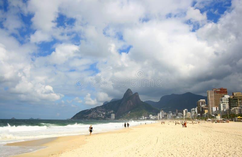 Spiaggia di Ipanema, Rio de Janeiro, Brasile. fotografie stock libere da diritti