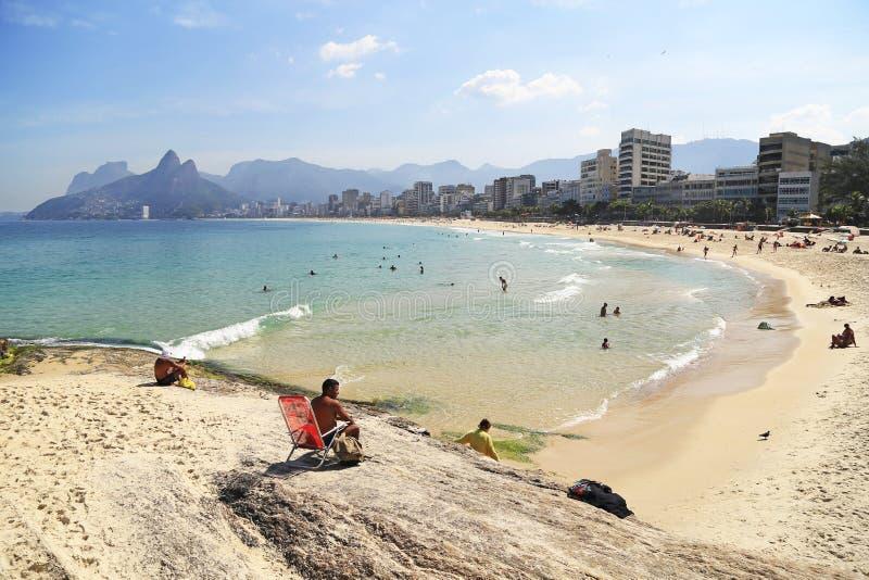 Spiaggia di Ipanema in Rio de Janeiro, Brasile fotografia stock libera da diritti