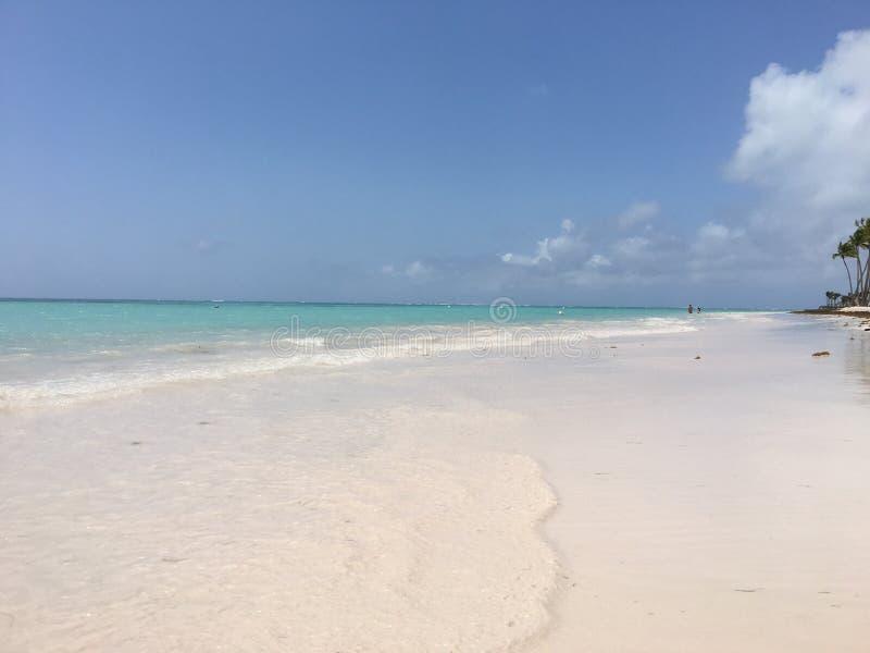 Spiaggia di Juanillo immagini stock