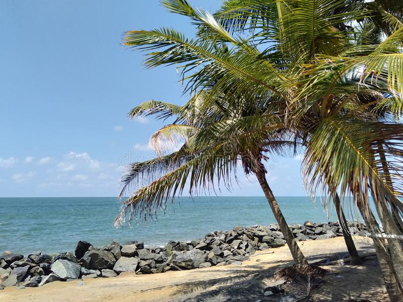 Spiaggia di Kaluthara in Sri Lanka immagini stock libere da diritti