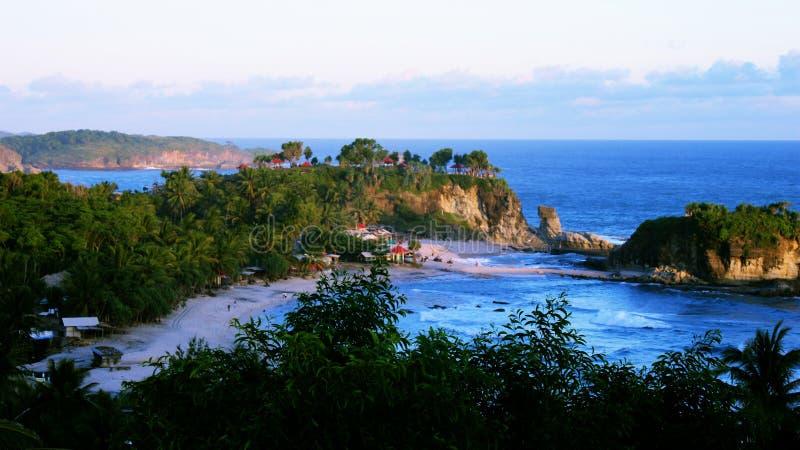 Spiaggia di Klayar, Pacitan, Indonesia fotografia stock