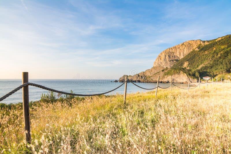 Spiaggia di Laga a paese basco immagini stock libere da diritti