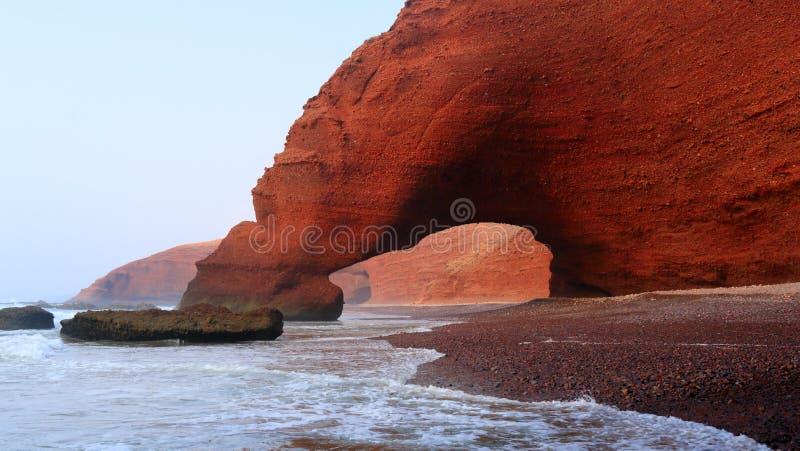 Spiaggia di Legzira, Marocco fotografia stock libera da diritti