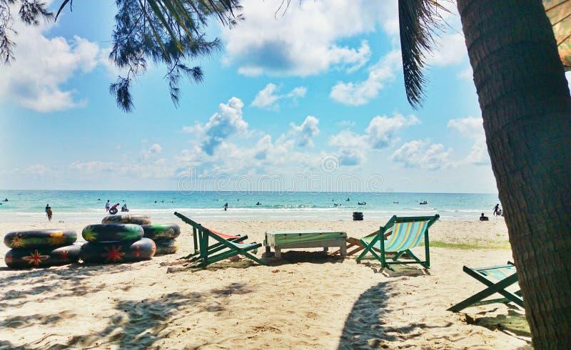 Spiaggia di Maerampung nel rayong Tailandia immagine stock libera da diritti
