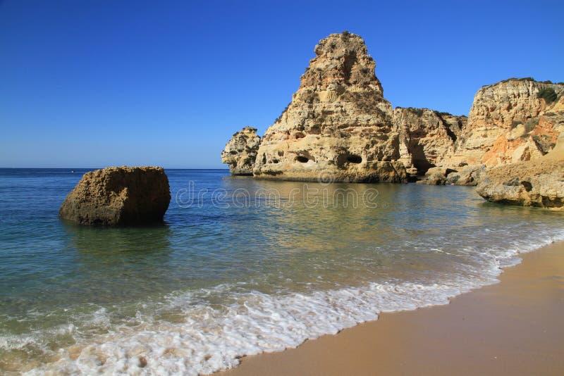 Spiaggia di Marinha immagine stock