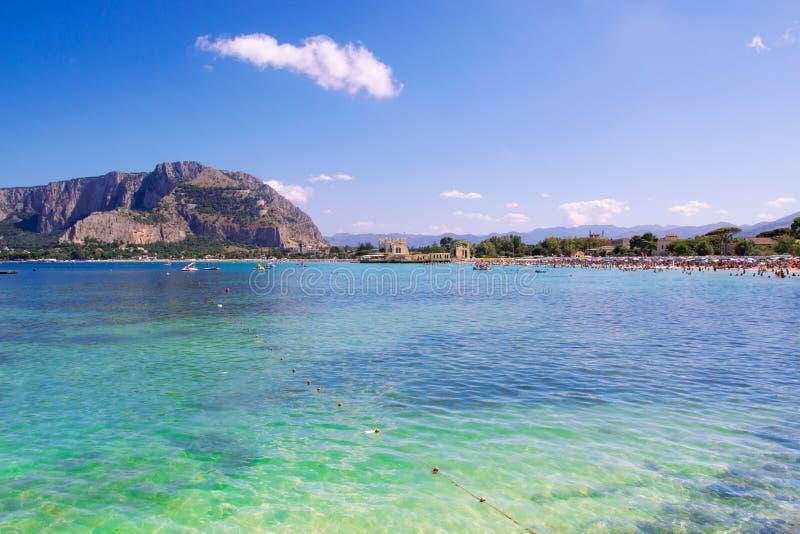 Spiaggia di Mondello a Palermo fotografia stock