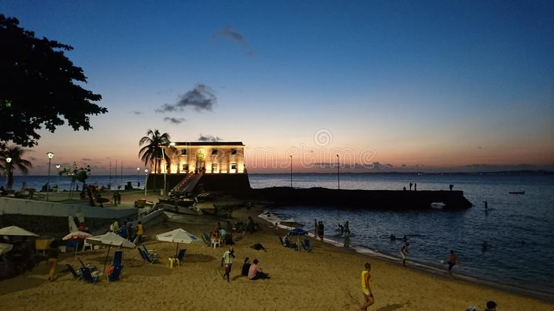 Spiaggia di Oporto da Barra e la fortificazione di Santa Maria fotografia stock libera da diritti