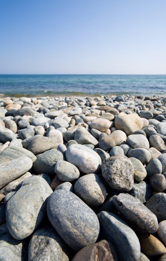 Spiaggia di pietra immagine stock