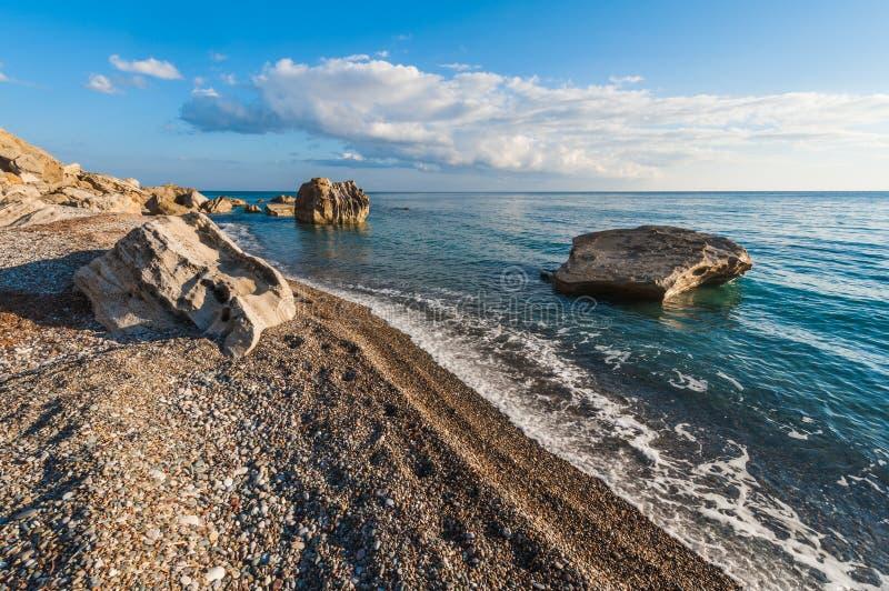 Spiaggia di Pissouri cyprus immagine stock