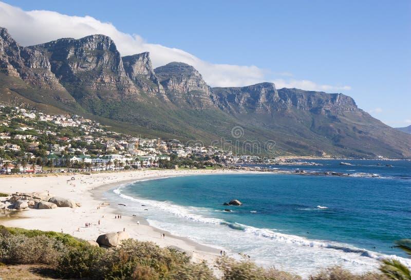 Spiaggia di sabbia bianca a Cape Town, Sudafrica fotografie stock