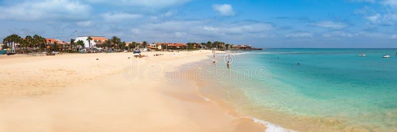 Matrimonio Spiaggia Isola Verde : Spiaggia di santa maria nell isola capo verde cabo